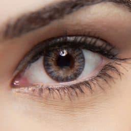 Opérations sur les yeux au laser